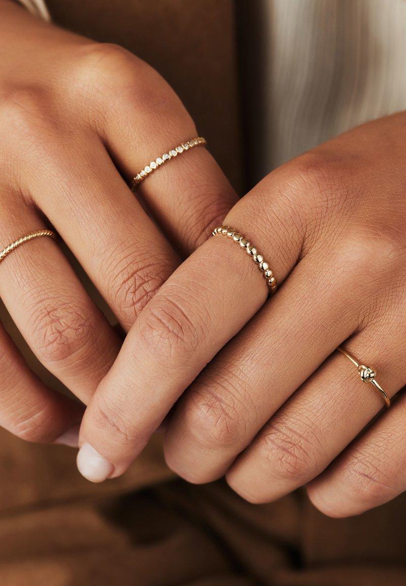 Isabel Bernard - 14 CARAT GOLD - Ring - gold