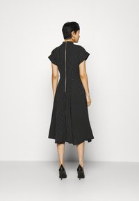Closet - CLOSET FULL SKIRT SHIRT DRESS - Paitamekko - black - 2