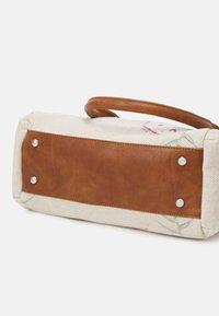 Desigual - CALLIE LOVERTY - Handbag - crudo beige - 3
