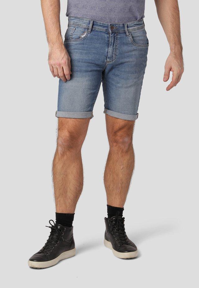 Denim shorts - lt blue wash