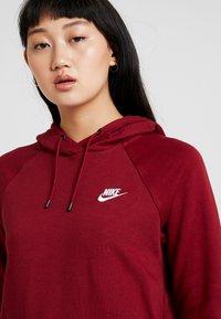 Nike Sportswear - HOODIE - Hoodie - team red/white - 4