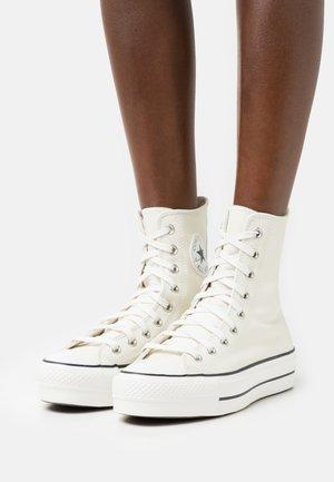 CHUCK TAYLOR ALL STAR LIFT - Zapatillas altas - egret/white/black