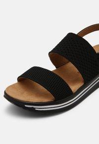 Mustang - Sandals - schwarz - 7