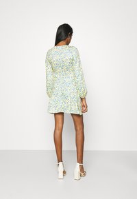 Missguided - DITSY SKATER DRESS - Jersey dress - yellow - 2