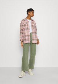 ONLY - ONLELLENE VALDA CHACKET - Summer jacket - rose smoke/pink/purple - 1