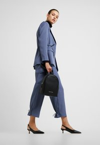 Calvin Klein - MUST BACKPACK - Rucksack - black - 1