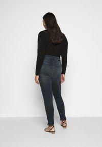 Calvin Klein Jeans Plus - HIGH RISE ANKLE - Jeans Skinny Fit - dark-blue denim - 2