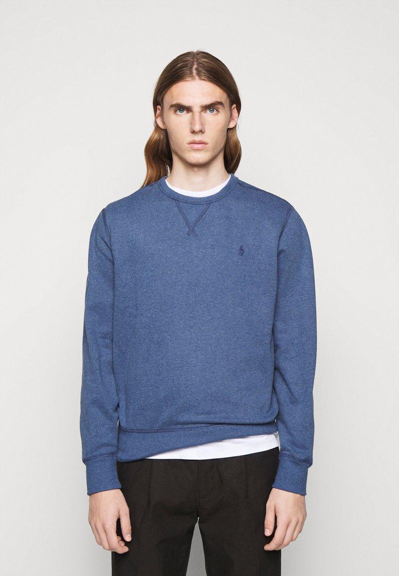 Polo Ralph Lauren - FLEECE CREWNECK SWEATSHIRT - Sweatshirt - derby blue heather
