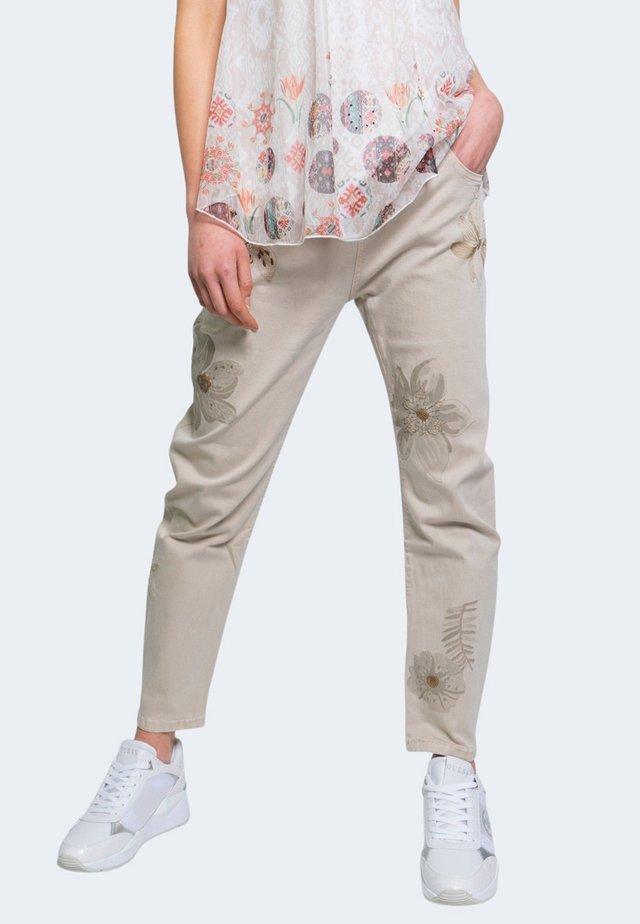 KIM  - Jeans a sigaretta - beige