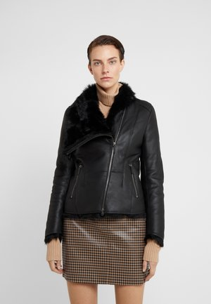 SHORT JACKET - Leather jacket - toscana black