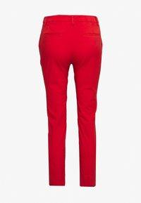 Rich & Royal - PANTS - Chino kalhoty - summer red - 1