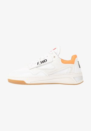 FW33071A 10090 - Trainers - white