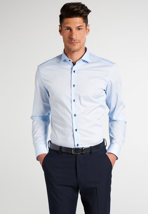 SLIM FIT - Formal shirt - hellblau