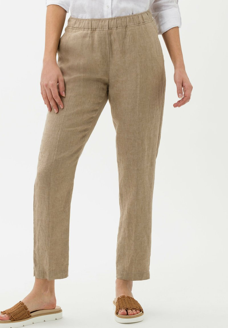 BRAX - Trousers - toffee