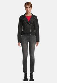 Amber & June - MIT GÜRTEL - Leather jacket - schwarz - 1