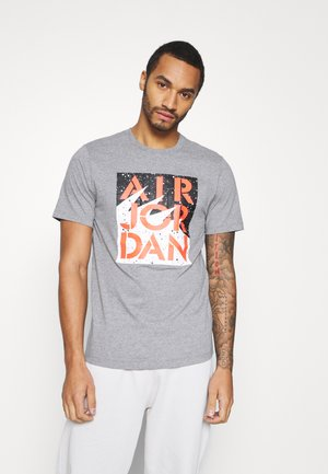 STENCIL CREW - T-shirts med print - motteled grey