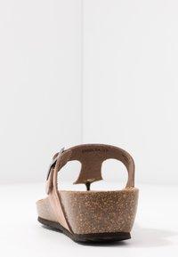 Geox - STHELLAE - Sandály s odděleným palcem - taupe - 5