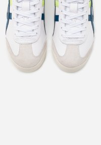 Onitsuka Tiger - MEXICO 66 - Sneakersy niskie - white/mako blue - 4