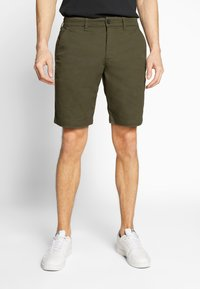 Lyle & Scott - Shorts - lichen green - 0