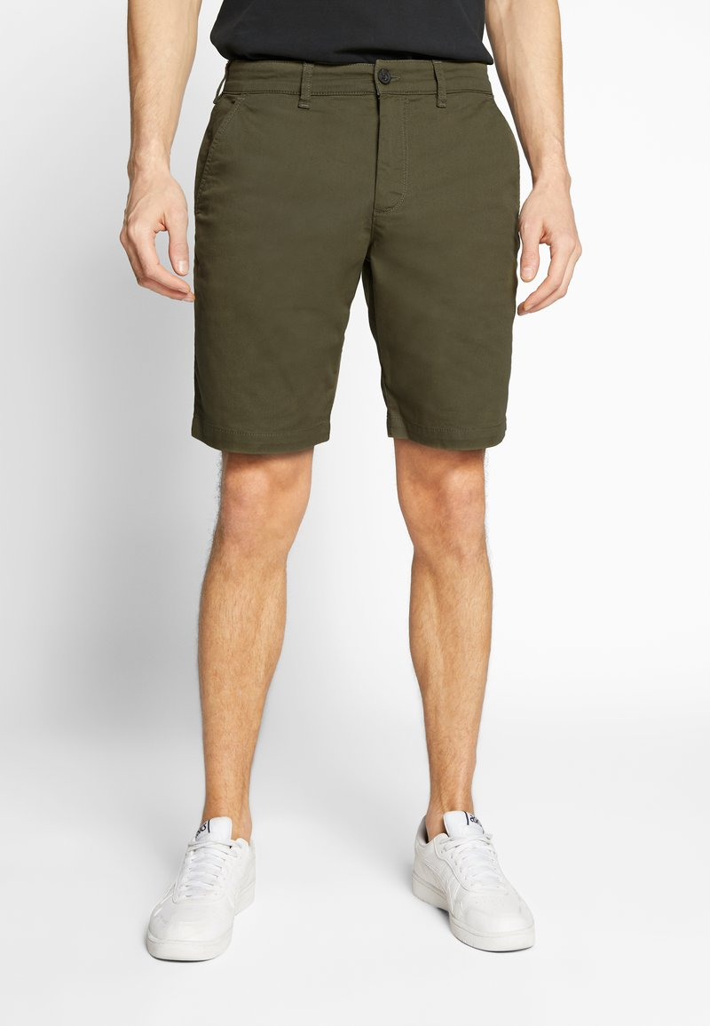 Lyle & Scott - Shorts - lichen green