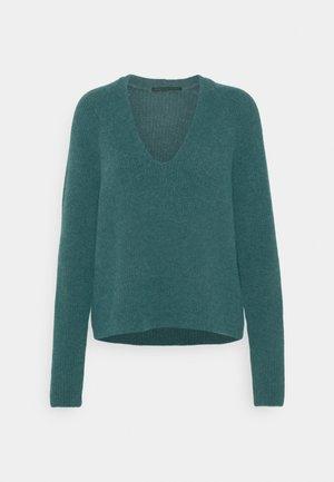 LINNIE - Pullover - grün