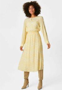 C&A Premium - Day dress - light yellow - 0