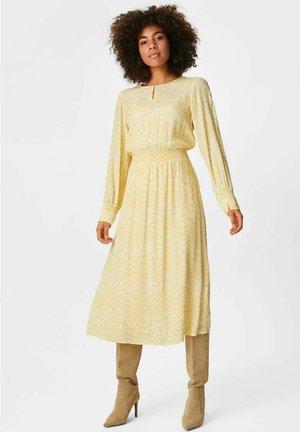 Day dress - light yellow