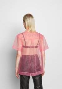 House of Holland - SHEER BOXY - Button-down blouse - pink - 2