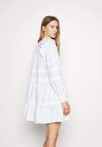 Bruuns Bazaar - ROSIE GENEVA DRESS - Robe d'été - white - 2