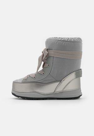 LA PLAGNE - Vinterstøvler - silver