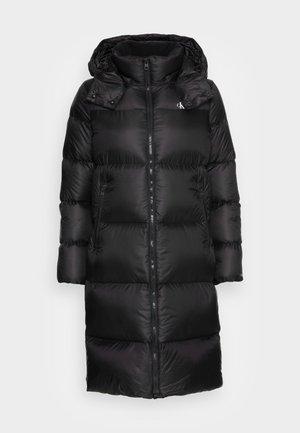 SHINY LONG PUFFER - Kabát zprachového peří - black