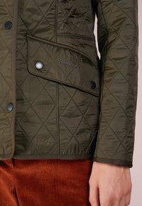 Barbour - POLARQUILT - Light jacket - dark olive - 4