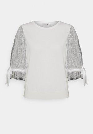 LADIES SWEATER - Print T-shirt - white