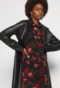 ONLY Tall - ONLNOVA LONG SHIRT DRESS - Košilové šaty - black - 3
