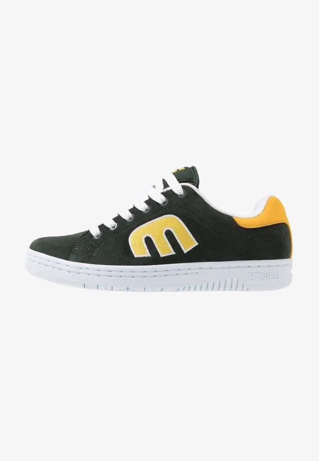 CALLI-CUT - Chaussures de skate - green/white/yellow
