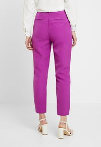 Mossman - THE VICTORY PANT - Trousers - purple - 3