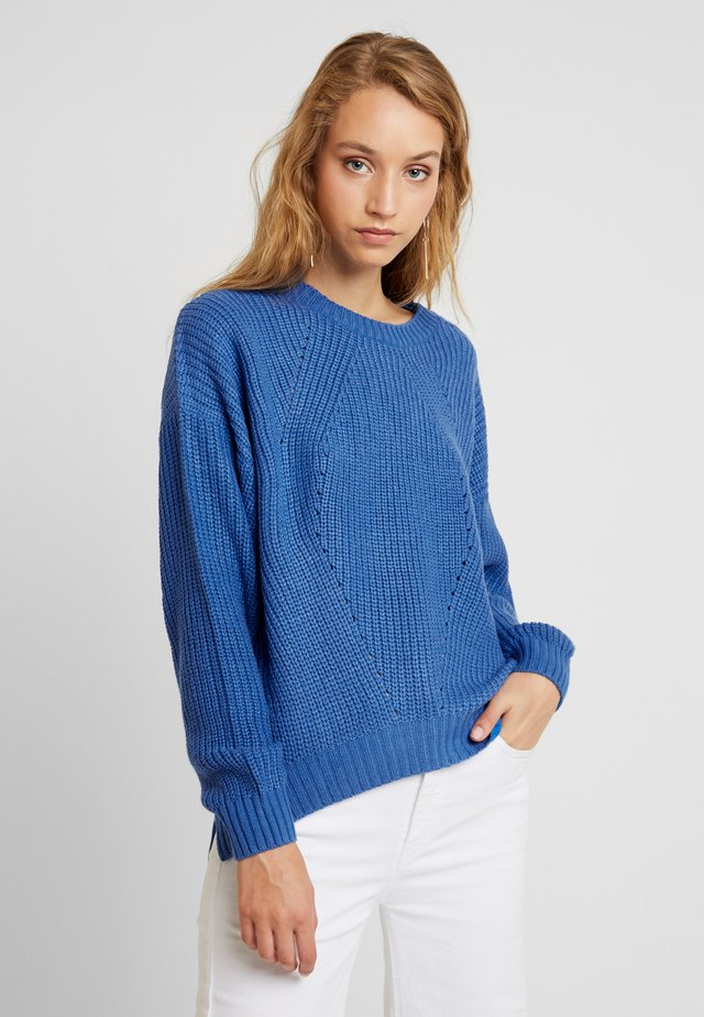 BUTTON - Sweter - strong blue