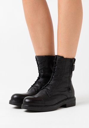 Lace-up ankle boots - king nero