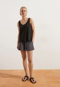 OYSHO - Shorts - dark grey - 1