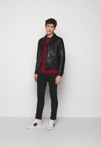 Emporio Armani - Jeans slim fit - black - 1