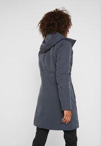 Patagonia - 3-IN-1 PARKA - Kabát zprachového peří - smolder blue - 2