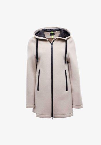 Short coat - bisquit