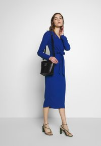 Closet - DRAPE SKIRT WRAP TIE DRESS - Shift dress - cobalt - 1