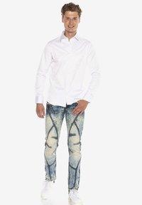 Cipo & Baxx - Formal shirt - weiss - 1