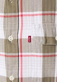 Levi's® - JACKSON WORKER - Overhemd - bleached datolite vetiver - 5