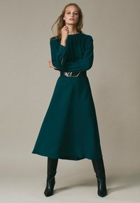 Massimo Dutti - Cocktail dress / Party dress - green