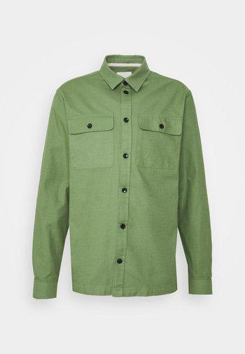 AKOSCAR SLUB - Overhemd - vineyard green