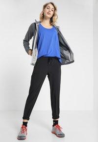The North Face - MEZZALUNA - Fleece jacket - black - 1