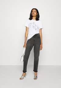 Even&Odd - T-shirt med print - white - 1