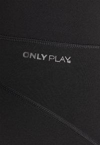 ONLY Play - ONPSULA 7/8 TRAINING CURVY - Punčochy - black/goblin blue - 6